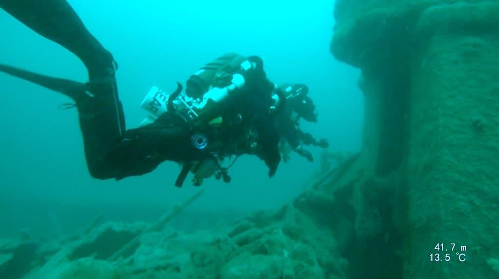 Divers Underwater 3